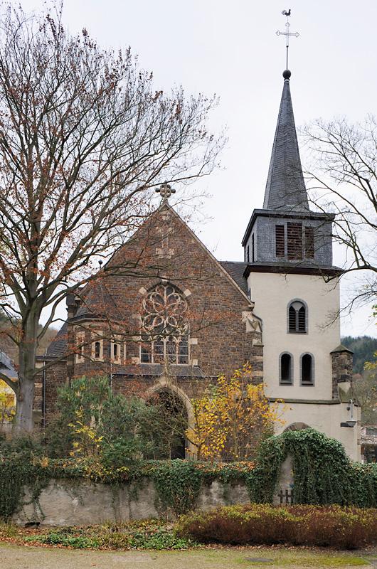 Pfarrkirche St. Nikolaus Oberfell